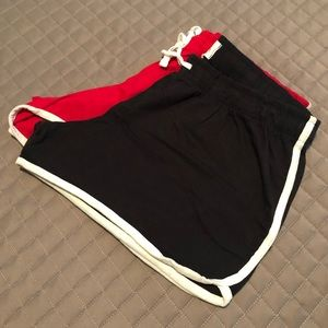 Pants - 🌸 2/$12. 3 short shorts XL